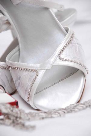 wedding-1236487-639x954
